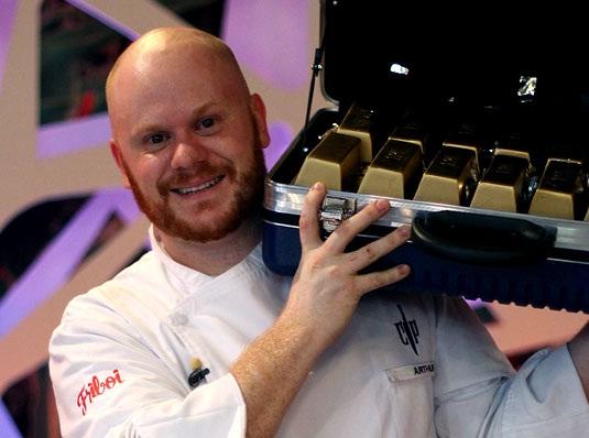 """O chef Artur Sauer foi o vencedor da primeira temporada do """"Cozinha Sob Presão"""" no SBT. Foto: Divulgação"""